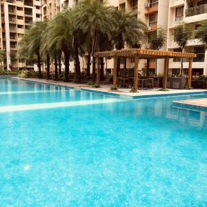 Gallery Cover Image of 1100 Sq.ft 2 BHK Apartment for buy in Sheth Creators Vasant Oasis Eliza Bldg 11, Andheri East for 17500000