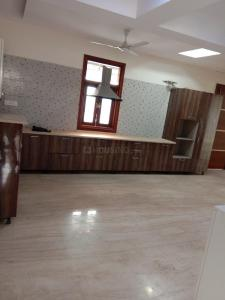 Gallery Cover Image of 2500 Sq.ft 4 BHK Apartment for rent in Sector 3 Dwarka for 45000