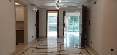 Gallery Cover Image of 2000 Sq.ft 3 BHK Independent Floor for buy in Defence Colony for 92500000