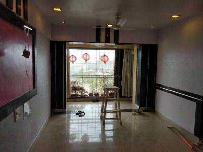 Gallery Cover Image of 1250 Sq.ft 2 BHK Apartment for rent in Kandivali East for 39000