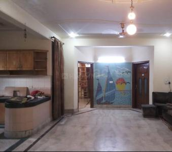 Hall Image of Chaudhary Luxury PG in Sector 71