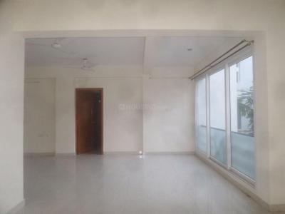 Gallery Cover Image of 1700 Sq.ft 3 BHK Apartment for rent in Besant Nagar for 60000
