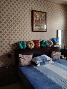 Gallery Cover Image of 950 Sq.ft 2 BHK Apartment for buy in Alambagh for 4200000