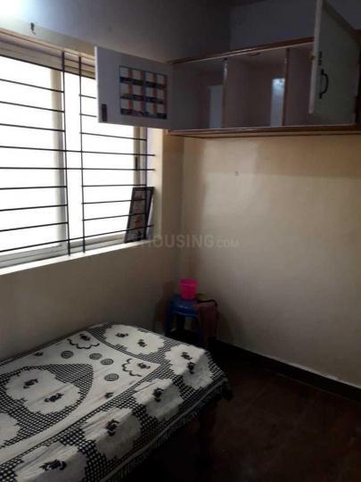 जेपी नगर में कर्तिकेय पीजी में बेडरूम की तस्वीर