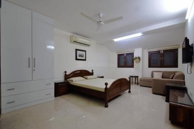 Gallery Cover Image of 350 Sq.ft 1 RK Apartment for rent in New Friends Colony for 17000