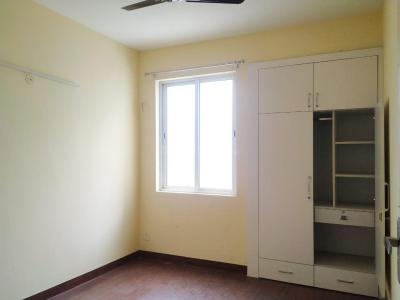 Gallery Cover Image of 1550 Sq.ft 2 BHK Apartment for rent in Jaypee Greens Kensington Park, Sector 133 for 11000