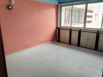 Gallery Cover Image of 750 Sq.ft 2 BHK Apartment for rent in Yerawada for 16000