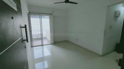 Gallery Cover Image of 760 Sq.ft 2 BHK Apartment for rent in Majestique Manhattan, Wagholi for 13000
