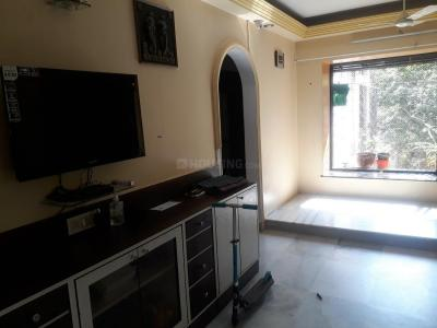 Gallery Cover Image of 960 Sq.ft 3 BHK Apartment for buy in Aarti Apartment, Kandivali West for 19500000