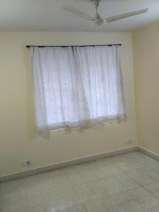 Gallery Cover Image of 1020 Sq.ft 2 BHK Apartment for rent in Puravankara Purva Park, Cox Town for 31000