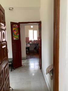 Gallery Cover Image of 2300 Sq.ft 5 BHK Independent House for rent in Salt Lake City for 45000