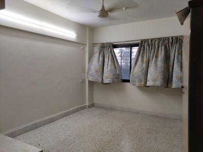 Gallery Cover Image of 800 Sq.ft 2 BHK Apartment for rent in Dadar West for 59000