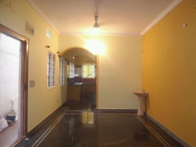 Gallery Cover Image of 1200 Sq.ft 3 BHK Apartment for rent in Ulsoor for 23000