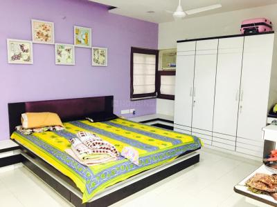 Gallery Cover Image of 989 Sq.ft 1 BHK Apartment for rent in Satellite for 16000