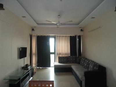 Gallery Cover Image of 1255 Sq.ft 3 BHK Apartment for rent in Kandivali East for 34000