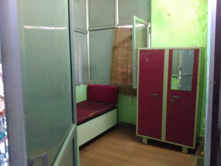 Bedroom Image of Saraswati PG in Mukherjee Nagar