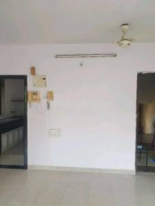 Gallery Cover Image of 550 Sq.ft 1 BHK Apartment for rent in Vasant Sagar Saraswati Complex, Kandivali East for 25000