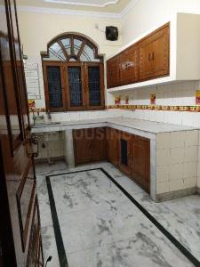 Gallery Cover Image of 2150 Sq.ft 2 BHK Independent Floor for rent in Sector 15A for 18000