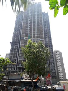 Gallery Cover Image of 1309 Sq.ft 2 BHK Apartment for buy in Kandivali West for 16000000