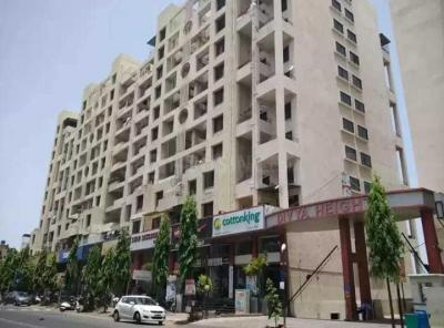 Gallery Cover Image of 1250 Sq.ft 3 BHK Apartment for rent in Pimple Saudagar for 70000