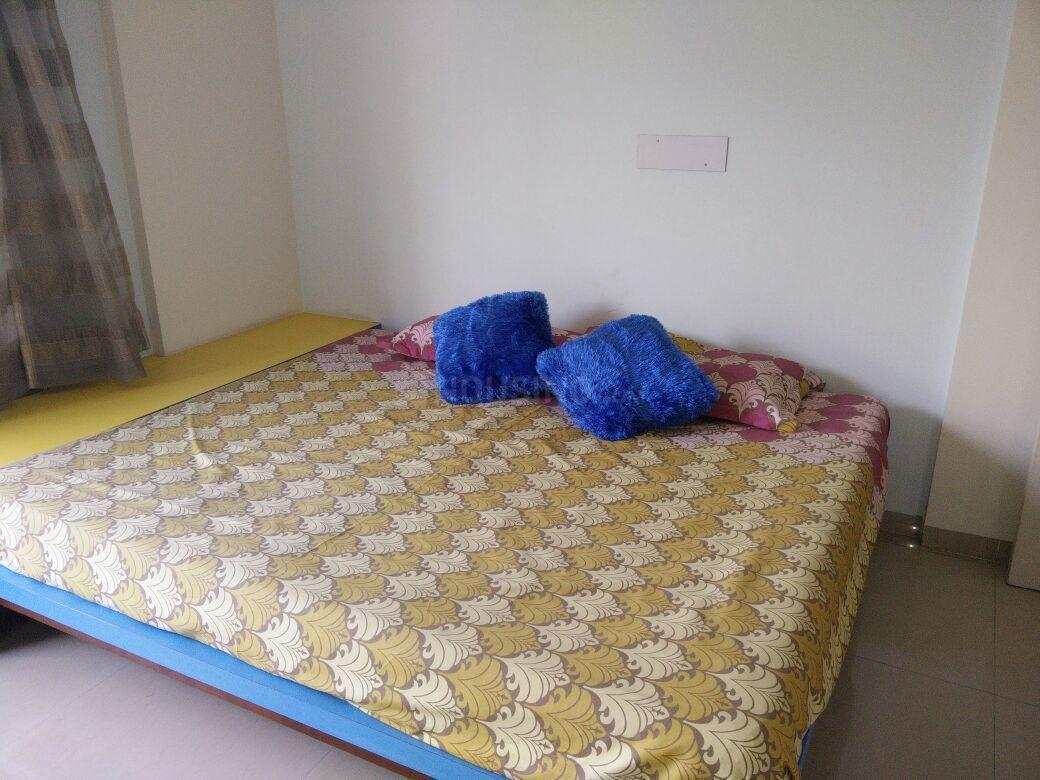 Bedroom Image of 1500 Sq.ft 3 BHK Apartment for rent in Undri for 25000