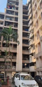 Gallery Cover Image of 595 Sq.ft 1 BHK Apartment for buy in Kranti Tower, Mulund West for 8500000