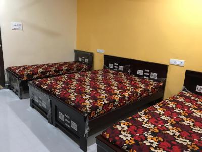 Bedroom Image of Kamakshi Residency PG in Adibhatla