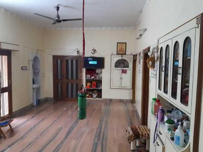 Gallery Cover Image of 2500 Sq.ft 2 BHK Apartment for rent in Shastri Nagar for 20000