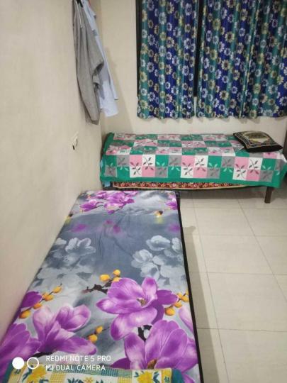 पीजी 4195003 कॉपर खैरने इन कॉपर खैरने के बेडरूम की तस्वीर