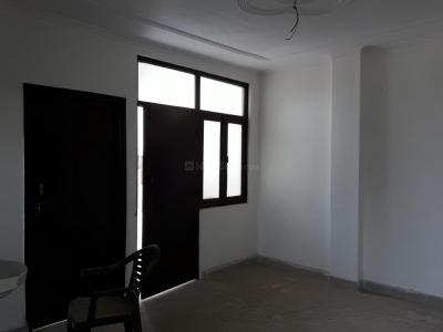 Gallery Cover Image of 900 Sq.ft 3 BHK Apartment for buy in Dayal Bagh Colony for 2200000