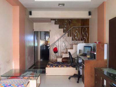 Gallery Cover Image of 1200 Sq.ft 2 BHK Independent House for buy in Thane West for 8800000