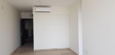 Gallery Cover Image of 1320 Sq.ft 2 BHK Apartment for buy in L&T Crescent Bay T2, Parel for 32100000