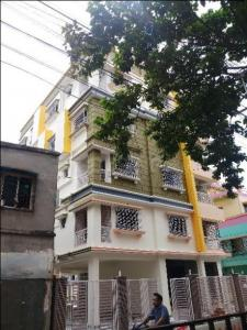 Gallery Cover Image of 1000 Sq.ft 2 BHK Apartment for rent in Paschim Putiary for 16000