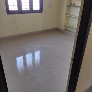 Gallery Cover Image of 900 Sq.ft 2 BHK Apartment for rent in Vandalur for 8500