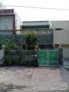 Gallery Cover Image of 2354 Sq.ft 4 BHK Independent House for buy in Sector 37 for 18500000