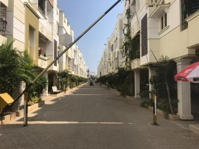 Gallery Cover Image of 940 Sq.ft 2 BHK Independent Floor for buy in Kolapakkam for 5340000