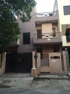 Gallery Cover Image of 2300 Sq.ft 4 BHK Villa for buy in Sector 19 for 19000000
