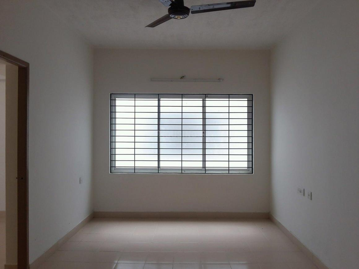 Living Room Image of 720 Sq.ft 2 BHK Apartment for rent in Oragadam for 7000