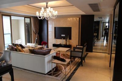 Gallery Cover Image of 1550 Sq.ft 3 BHK Apartment for buy in Mazgaon for 55000000