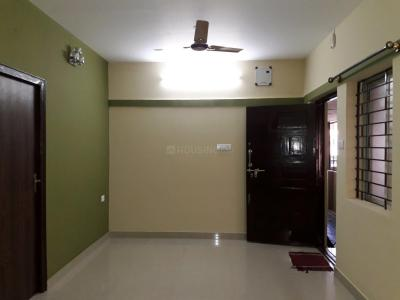 Gallery Cover Image of 1100 Sq.ft 2 BHK Apartment for rent in Basaveshwara Nagar for 20000