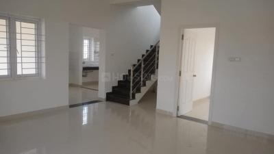 Gallery Cover Image of 850 Sq.ft 2 BHK Independent House for buy in Veerapandi Pirivu for 2400000