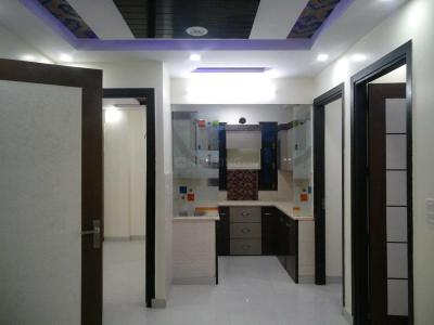 Gallery Cover Image of 850 Sq.ft 3 BHK Apartment for buy in Uttam Nagar for 4600000