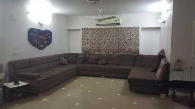 Gallery Cover Image of 3000 Sq.ft 4 BHK Apartment for rent in Navrangpura for 65501