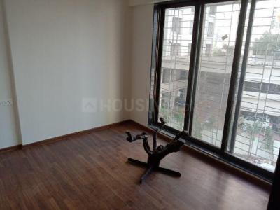 Gallery Cover Image of 600 Sq.ft 1 BHK Apartment for rent in Kandivali West for 24000