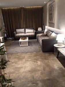 Gallery Cover Image of 500 Sq.ft 1 BHK Apartment for buy in Om Saath Grandness, Dahisar East for 8000000