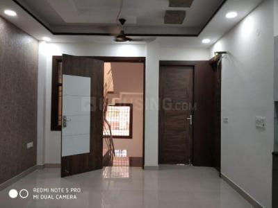 Gallery Cover Image of 1000 Sq.ft 3 BHK Apartment for buy in Shakti Khand for 5500000
