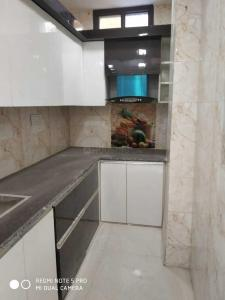 Gallery Cover Image of 700 Sq.ft 3 BHK Apartment for buy in Madhu Vihar for 3400000