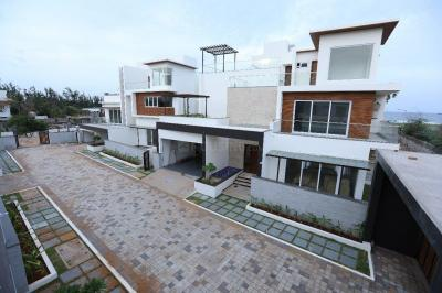 Gallery Cover Image of 5500 Sq.ft 5 BHK Villa for rent in Injambakkam for 200000
