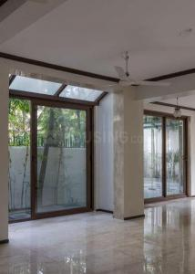 Gallery Cover Image of 10000 Sq.ft 6 BHK Villa for rent in Alipore for 450000