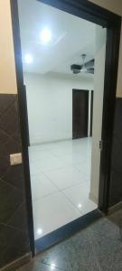Gallery Cover Image of 1050 Sq.ft 3 BHK Apartment for buy in Mehrauli for 6200000